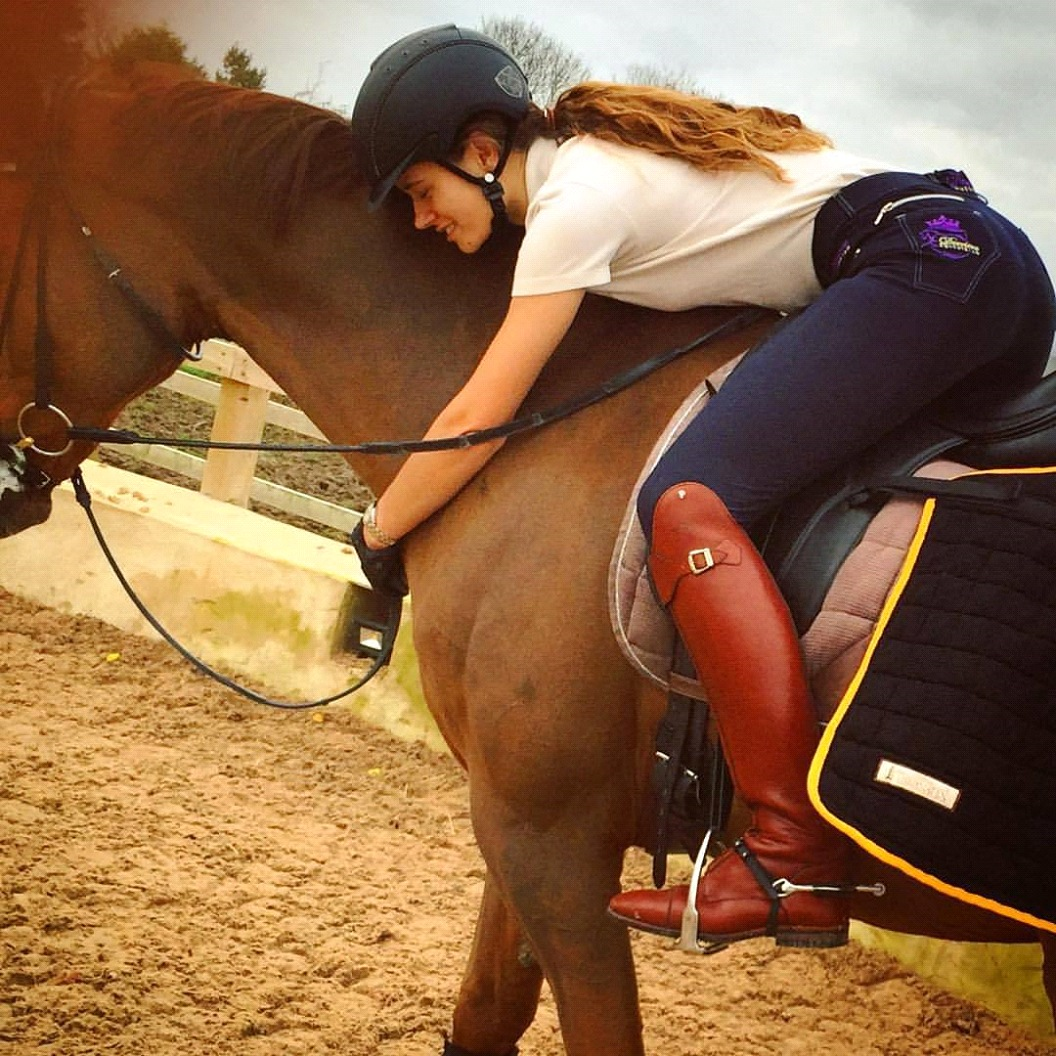 Derriere Equestrian Laura Eve Thyer